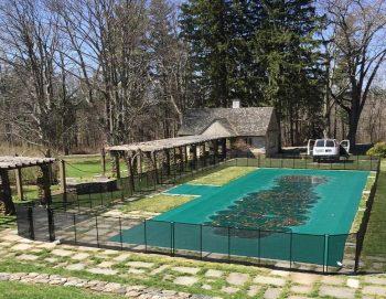 200ft black removable pool fence Bantam, CT