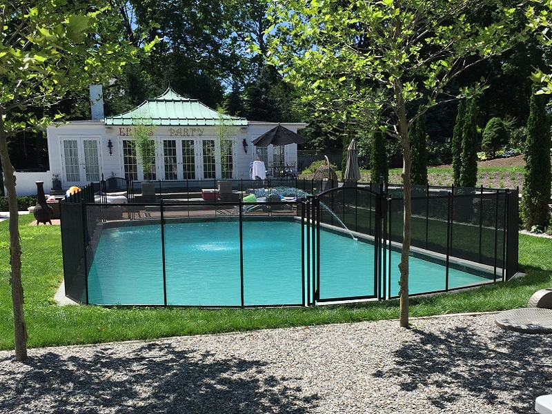 Life Saver removable mesh pool fence installed in Scarsdale, NY